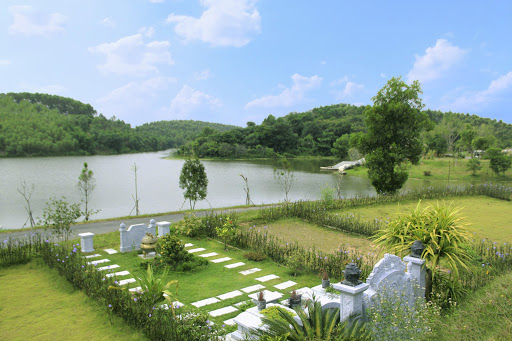 Vị trí đắc Thủy đặt huyệt mộ tổ tiên, hậu thế hưởng phú quý vinh hiển