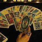 Bói bài Tarot là gì? Tại sao bói bài Tarot lại hấp dẫn kì thú