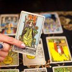 Bói bài Tarot tiền bạc trong tháng tới năm 2021