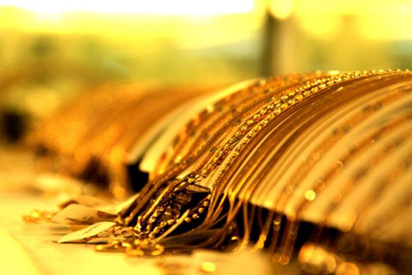 Mơ thấy dây chuyền vàng là điềm báo gì