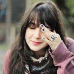 Nháy mắt phải nữ – Tính chất điềm vận không nên bỏ qua