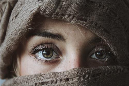 Tướng mắt rồng – Soi đường công danh sự nghiệp